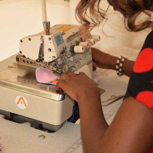 Dans l'atelier de ApiAfrique